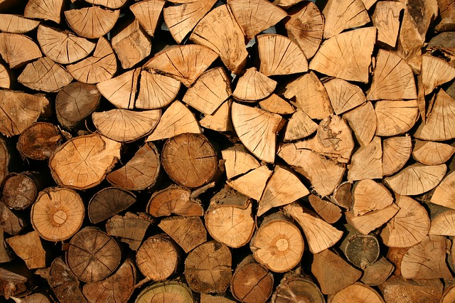 Firewood Delivered to the Louisville Area
